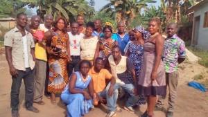 Le camarade Emmanuel Ouiva Bi, en tee-shirt rayé au centre, a reçu à déjeuner ses camarades de la Coordination de SINFRA